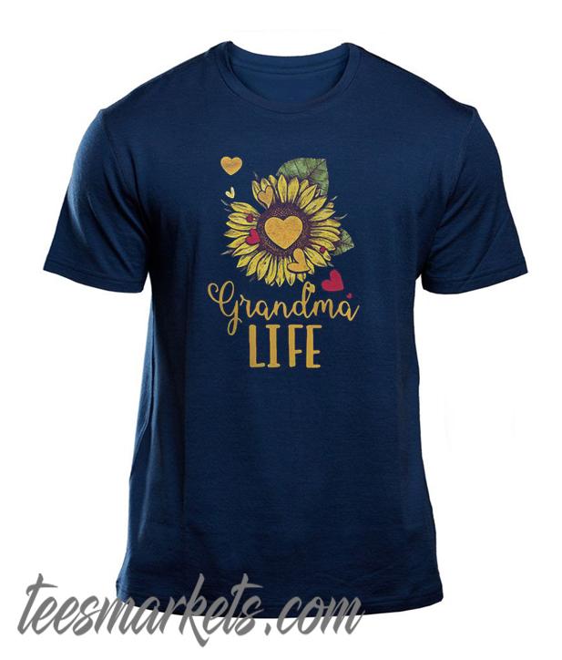 Grandma life sunflower New Tshirt