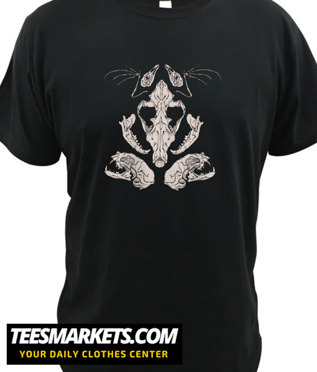 Animal Skulls & Bones New T-Shirt